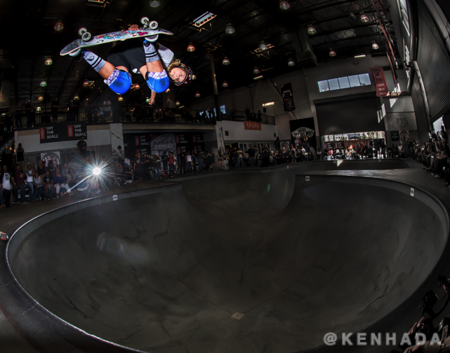 Alana Smith wins the Girls Combi Pool Classic at Vans Skatepark