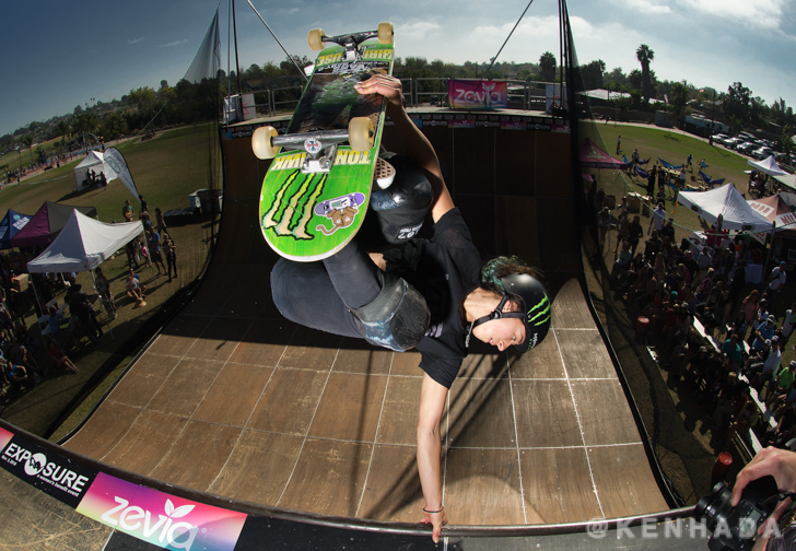 Lizzie Armanto front hand plant Exposure 2016 skateboard contest event